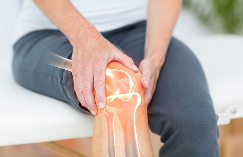 Knee Pain Health - Salinas and Monterey